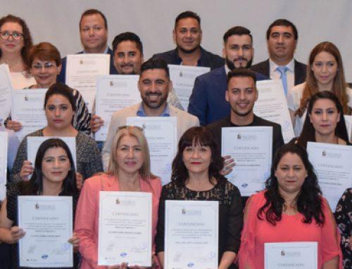 """Finaliza la primera versión del curso """"Experto en Fragancias"""" con más de 30 nuevos graduados"""